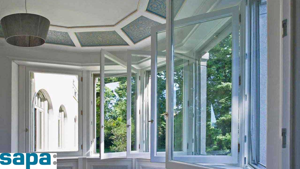 Porte e finestre battenti sapa venezia la b b serramenti - Porte e finestre in alluminio ...